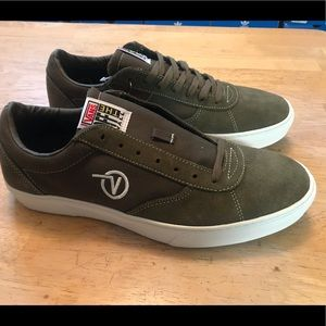 Vans Paradoxxx Shoes Sneakers Mens Size 11.5